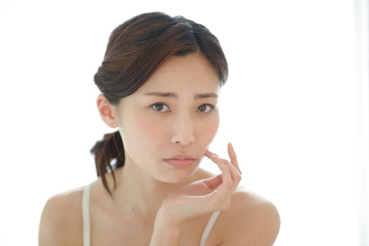 皮膚から起こる、全身〜心への影響とは?