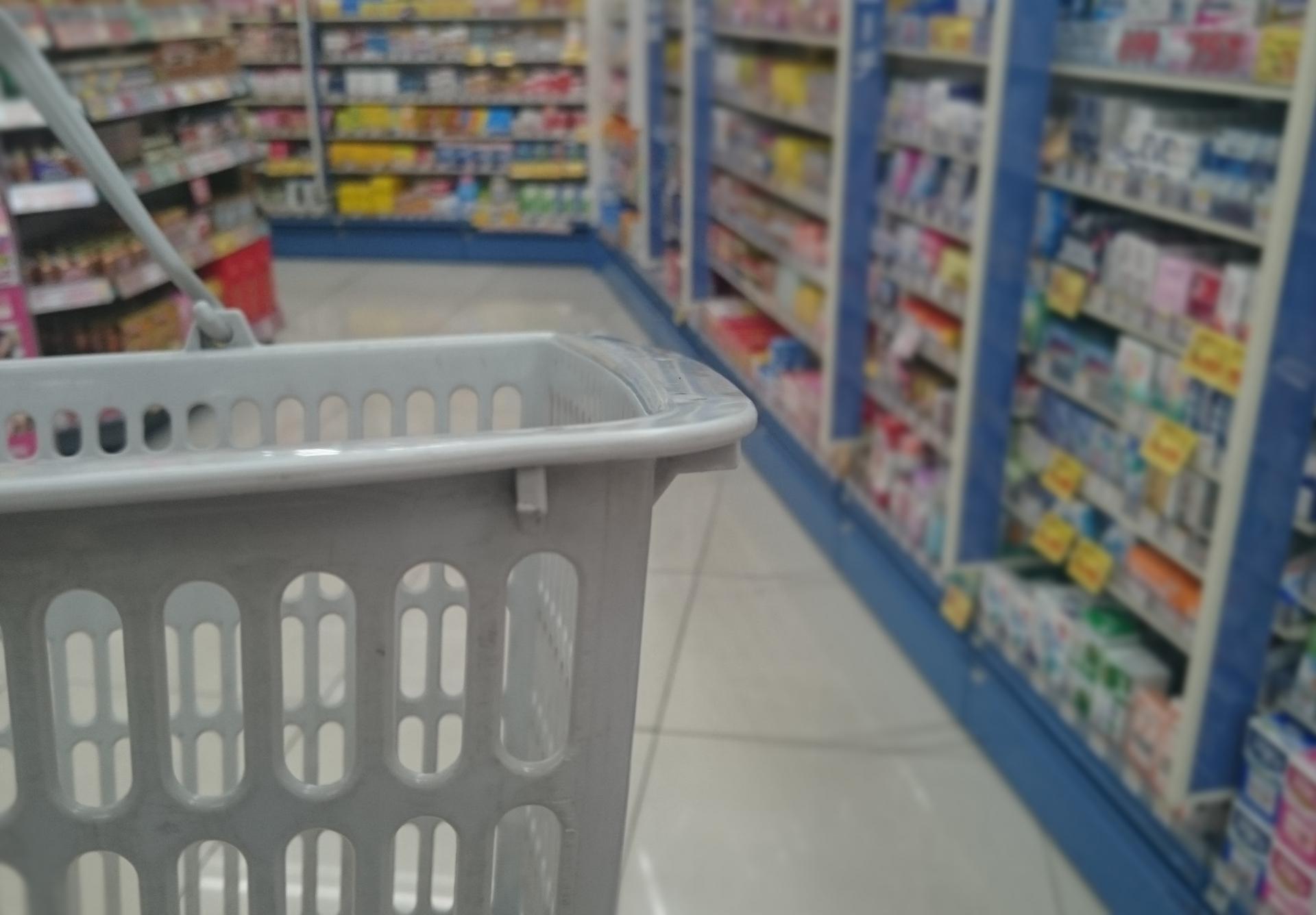 「家庭用品品質表示法」という法律があるのに、全成分表示されてないの?